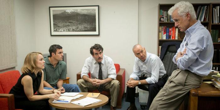 Rachel McAdams, Mark Ruffalo, Brian d'Arcy James, Michael Keaton y John Slattery, en 'Spotlight'