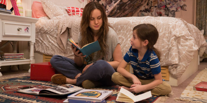 Brie Larson y Jacob Tremblay, en 'Room' (La habitación)