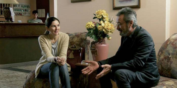 Andrea Frigerio y Óscar Martínez, en 'El ciudadano iluste', en Histerias de Cine