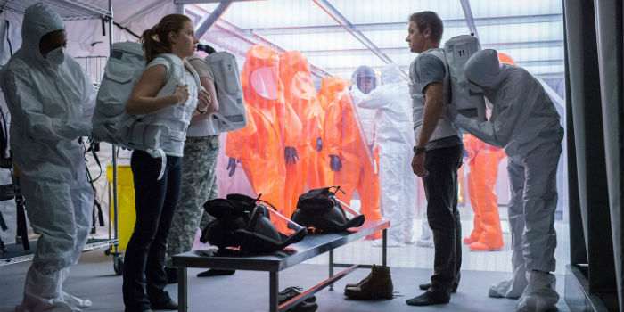 Amy Adams y Jeremy Renner, en 'Arrival' (La llegada), en Histerias de Cine