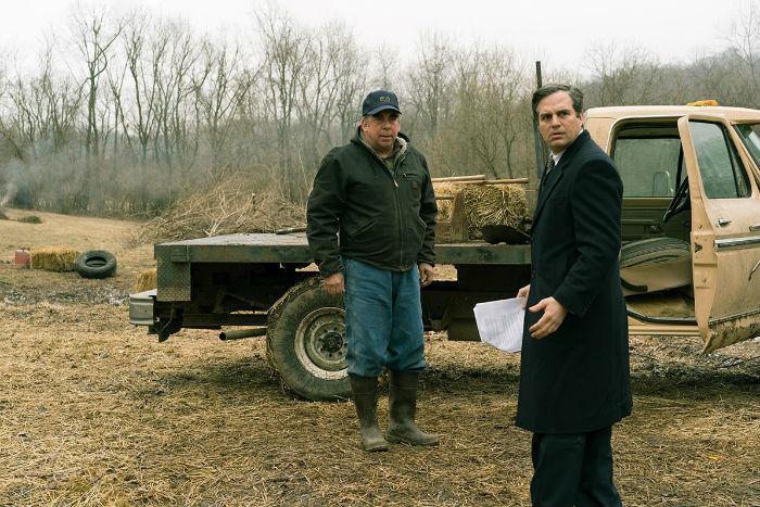 Bill Camp y Mark Ruffalo, en 'Dark waters' (Aguas oscuras), en Histerias de Cine