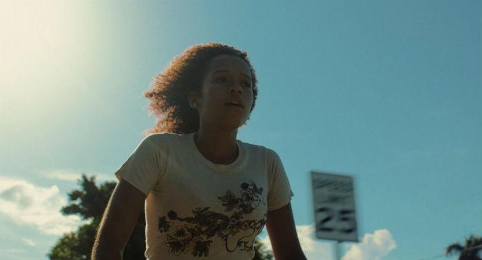 'Waves' (Un momento en el tiempo), en Histerias de Cine